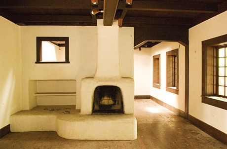 Briones house hearth